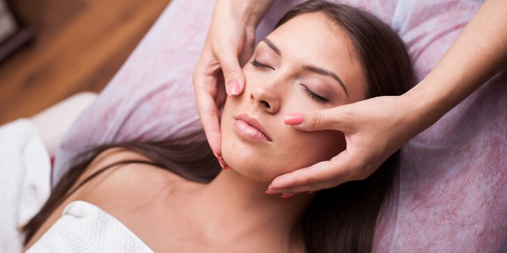 Kompletní omlazující kosmetické ošetření s LED maskou i úprava a barvení obočí a řas