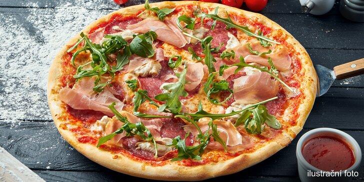 Rozvoz po Pardubicích zdarma: jedna nebo dvě půlmetrové pizzy i s nápojem