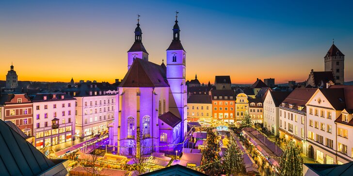 Vánoční den jako z pohádky: zámek Linderhof a malebný advent v Regensburgu