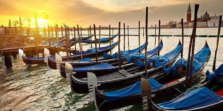 Letecký zájezd do adventních Benátek: ubytování na 3 noci se snídaní i služby průvodce
