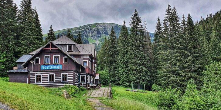 Pravá krása Krkonoš: pobyt s polopenzí v klidném prostředí pod horami