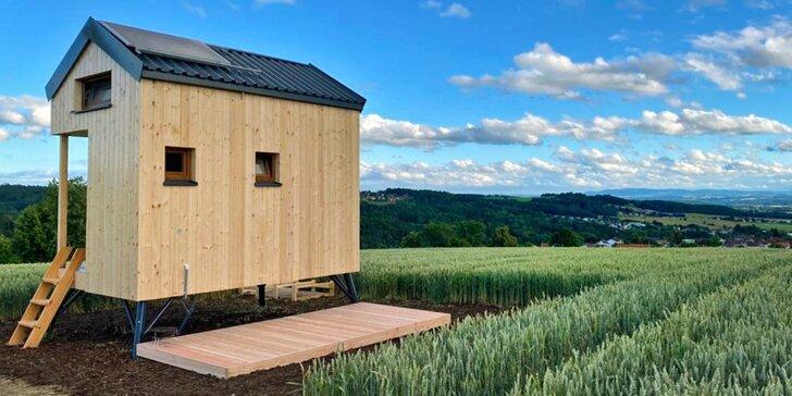 Glamping na kouzelném místě s luxusním výhledem: ubytování i snídaně v moderním domku na Vysočině