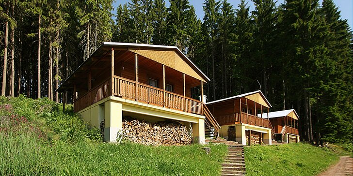 Pro výletníky a otužilce: bungalov či apartmán u lesní plovárny v KRNAPu