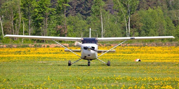 Do oblak s Cessnou: vyzkoušejte pilotovat moderní letoun Cessna 172SP G1000