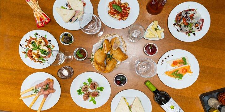 Romantika ve dvou: 100 minut v privátním wellness, víno a až 15chodové italské menu
