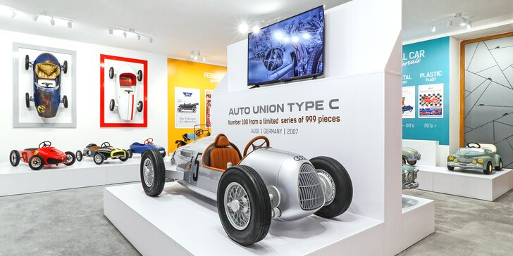 Muzeum šlapacích autíček Pedal Planet: vstupné pro děti, studenty či seniory, dospělé i celé rodiny