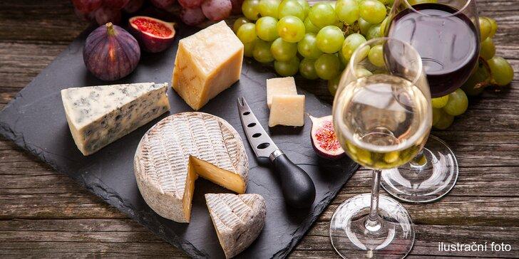 Gurmánské rendez-vous v pasáži Lucerna: prkénko se sýrem i uzeninami a 2 sklenky vína