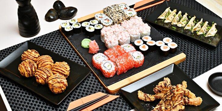 Až 50 ks sushi v setu i s gyoza taštičkami a rýžovými kuličkami s masem