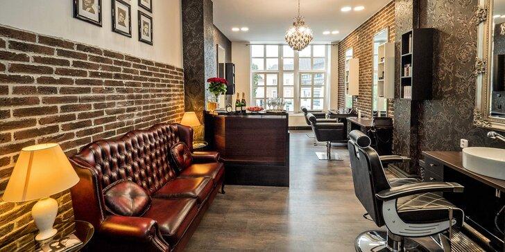 Dámský střih krátkých či dlouhých vlasů v luxusním salonu v centru Brna