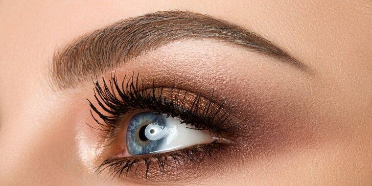 Perfektní vzhled: make-up obočí vláskovou technikou