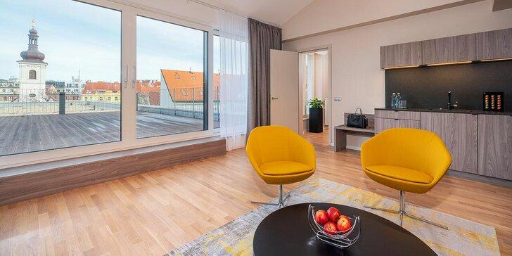 Dovolená v samém srdci Prahy: nový designový hotel, pokoje i apartmány s terasou, snídaně, welcome drink