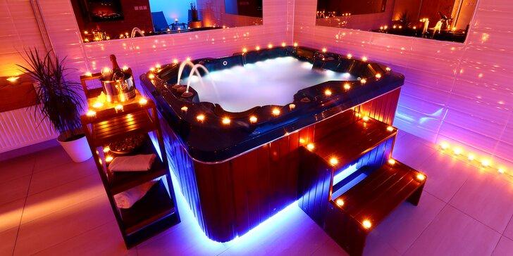 Privátní wellness: finská sauna a vířivka na 60 nebo 120 minut pro 2 osoby
