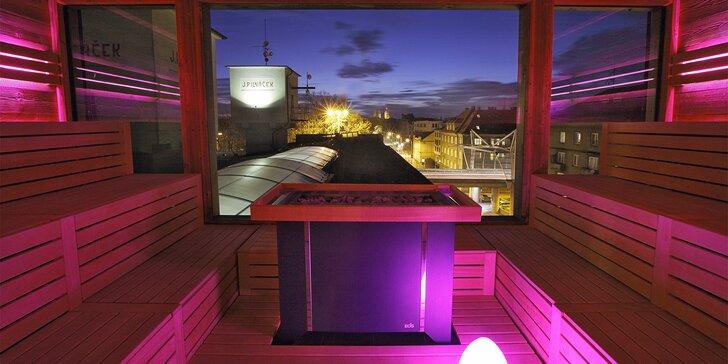 Časově neomezený vstup do nového saunového světa s krásným výhledem na Hradec pro 2 osoby