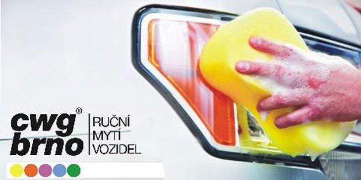 Ruční mytí karosérie + čištění interiéru na BVV