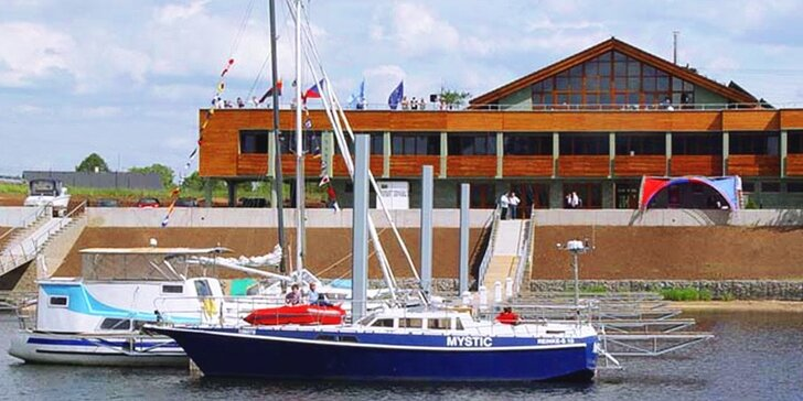 Prázdniny v Hotelu Marina na břehu Žernoseckého jezera
