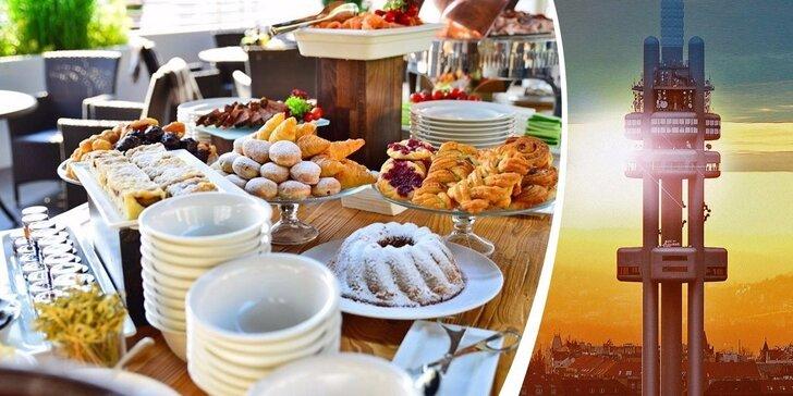 Snídaně s neomezenou konzumací a vstup do Observatoře na Žižkovské věži
