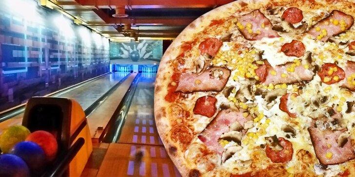 Bowling na 1-2 hodiny pro 8 kamarádů a velká pizza k tomu