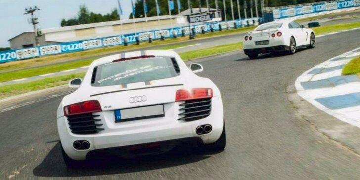 Úžasný závodní den za volantem supersportů na okruhu Showcars