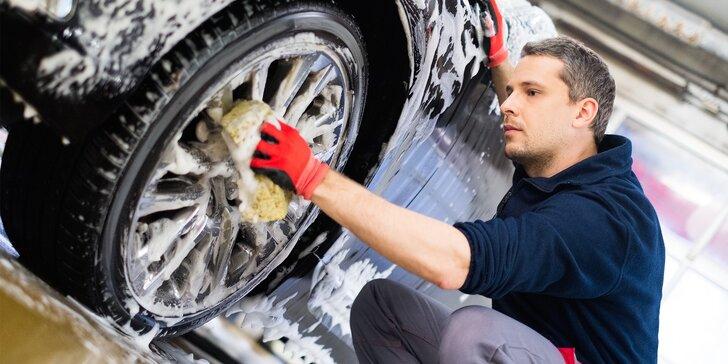 Bohatý výběr programů na ruční mytí a čištění auta od expertů
