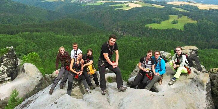 Bezpečný adrenalin při horolezení v Českosaském Švýcarsku či Děčíně