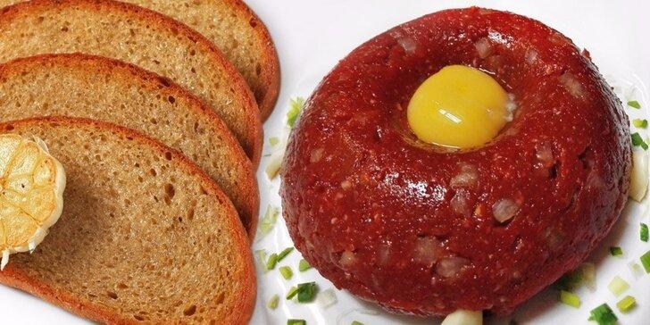 Namíchejte si tatarák dle chuti v restauraci u Kormidla