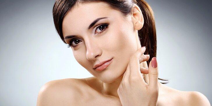 Kosmetické ošetření pleti s vitamínovou maskou a masáží dekoltu a obličeje