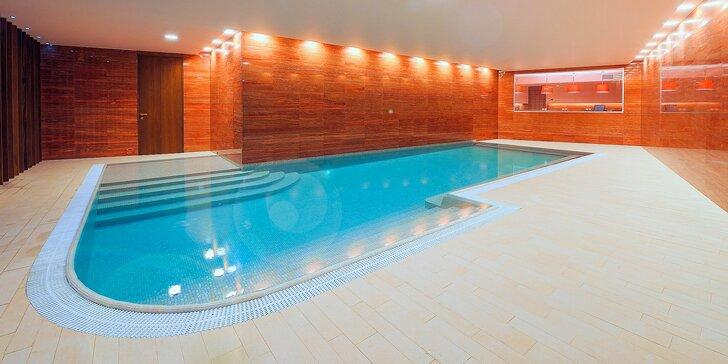 Wellness pobyt v luxusním hotelu v Krkonoších s wellness i golfem