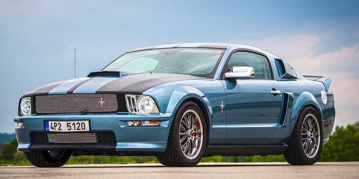 Celodenní zapůjčení upravené legendy Ford Mustang