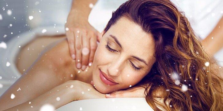 Relaxačně rekondiční masáž zad, šíje a dolních končetin