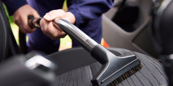 Kompletní čištění interiéru automobilu vč. tepování
