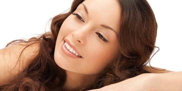 Ošetření pleti kosmetikou ze švýcarských bylin včetně masáže obličeje