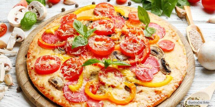 Čas na italskou pochoutku: Dvě chutné pizzy s ingrediencemi, které máte rádi