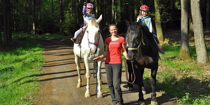 Výlet za koníčky: Projížďka v přírodě pro malé i větší děti