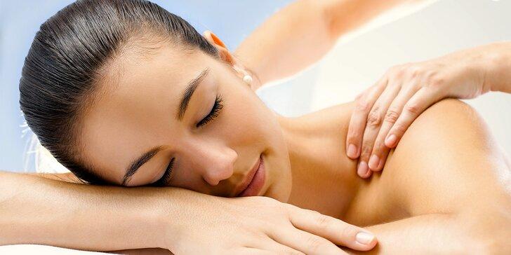 90minutová kombinovaná masáž zad, šíje a dolních končetin