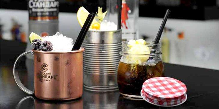 Zkroťte drinky ze Shock baru: 2 vytříbené koktejly dle vlastního výběru