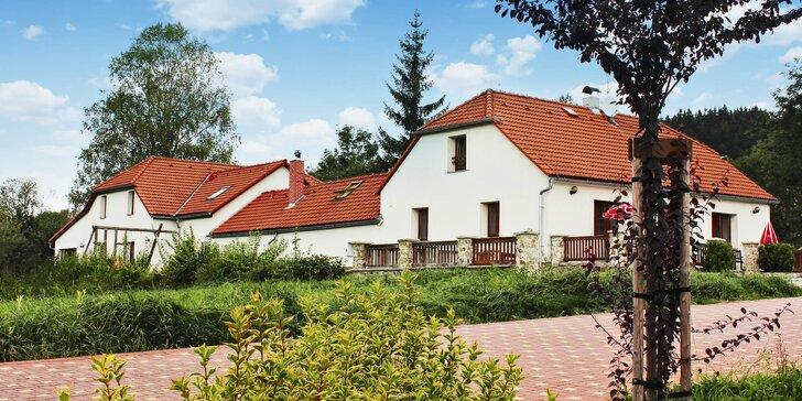 Podzimní romantika na Lipně: Pobyty nabité výlety i relaxací ve wellness