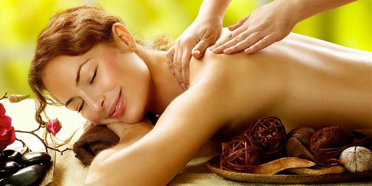 50minutová relaxační masáž zad, hlavy a krční páteře