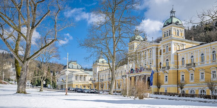 Podzim i zima v Mariánských Lázních: Snídaně, infrasauna i oplatky na kolonádě