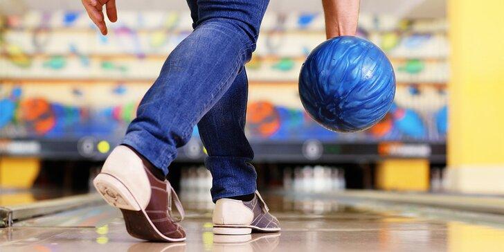 Natřete to kuželkám z Kajot Intacto - hodinka bowlingu až pro 8 hráčů