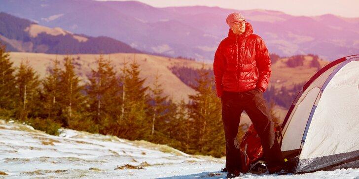 Dobrodružství na horské pláni: Noc ve stanu se snídaní a hodinou v sauně