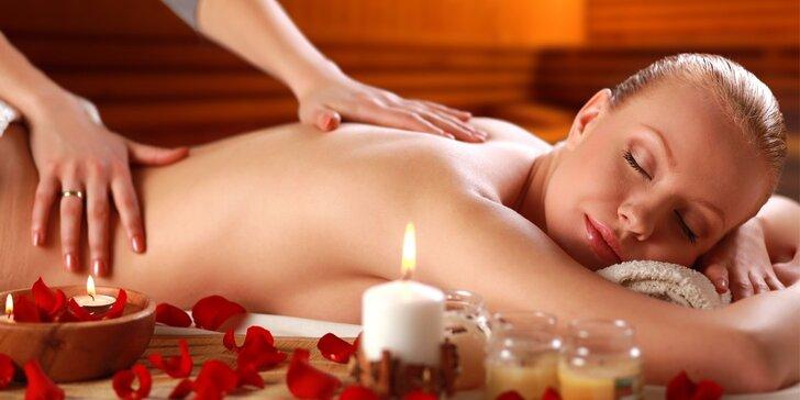 Vánoční dárkový poukaz na 60minutovou masáž zad a šíje