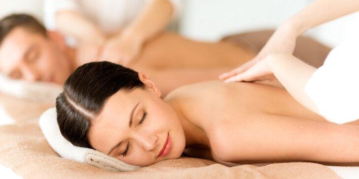 Užijte si párovou havajskou masáž Lomi-Lomi