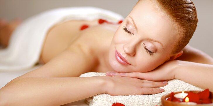 Užijte si odpočinek při relaxační masáži s aromaterapií