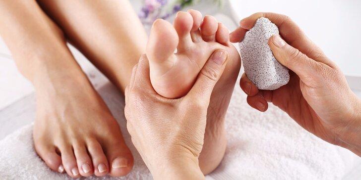 Kompletní mokrá pedikúra pro dokonalé nohy včetně masáže