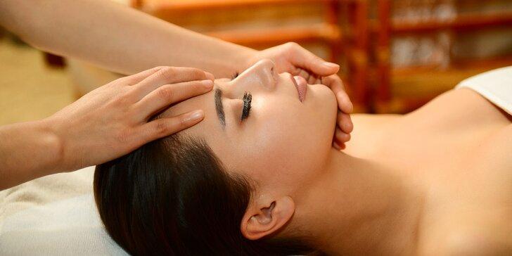 Indická antistresová masáž hlavy, obličeje a krční páteře
