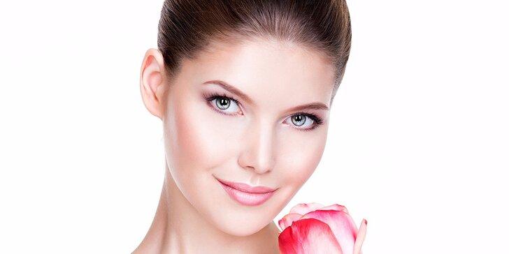 Kosmetické ošetření pleti s masáží dekoltu a obličeje + líčení zdarma