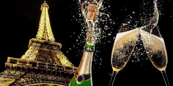 Romantický Silvestr v Paříži s noclehem v hotelu, snídaní a lahví sektu do páru