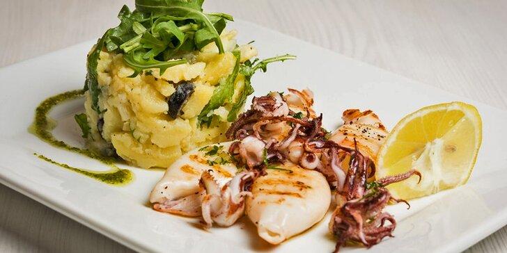 Volná konzumace libovolných pokrmů ve středomořské restauraci Olive Point