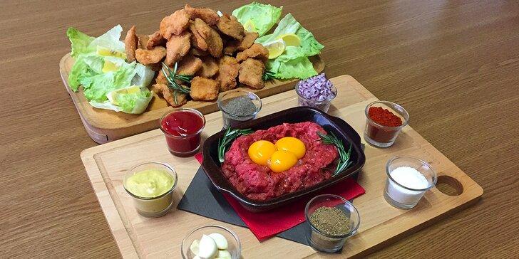 Kilo řízků a poctivý 400gramový tatarský biftek s topinkami