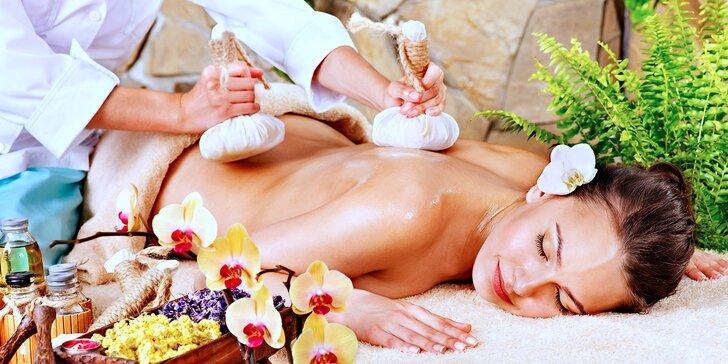 90minutový relax na vlnách Vltavy: Čajový rituál, wellness a masáž na lodi